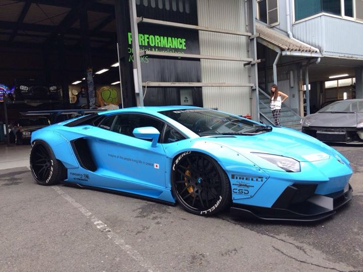 Liberty Walk Lamborghini Aventador Is Japanese Spice