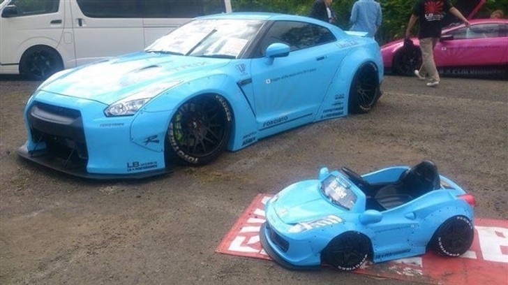 Liberty Walk Widebody Ferrari For Children Tuning Hits