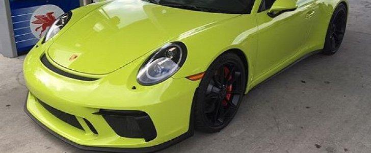 Light Green 2018 Porsche 911 Gt3 Manual Shines Bright In