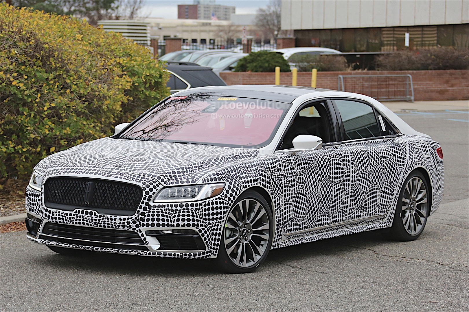 2017 Lincoln Continental Spyshots Reveal More Details