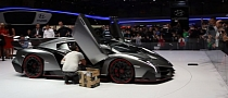 Listen to the Lamborghini Veneno Roar in Geneva [Video]