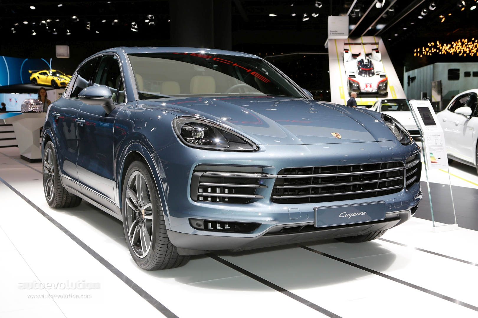 2019 Porsche Cayenne Turbo Is A Sportscar Together In Frankfurt Has 3 9s 0 60
