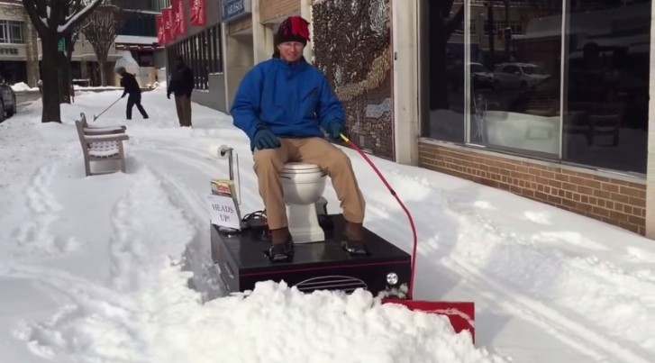 Snow Blower Reviews >> Loo-Cy Is a Motorized Toilet Snow Plow - autoevolution