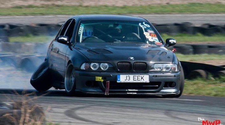 Losing One of Your BMW's Wheels at a Drift Contest Is Honorable