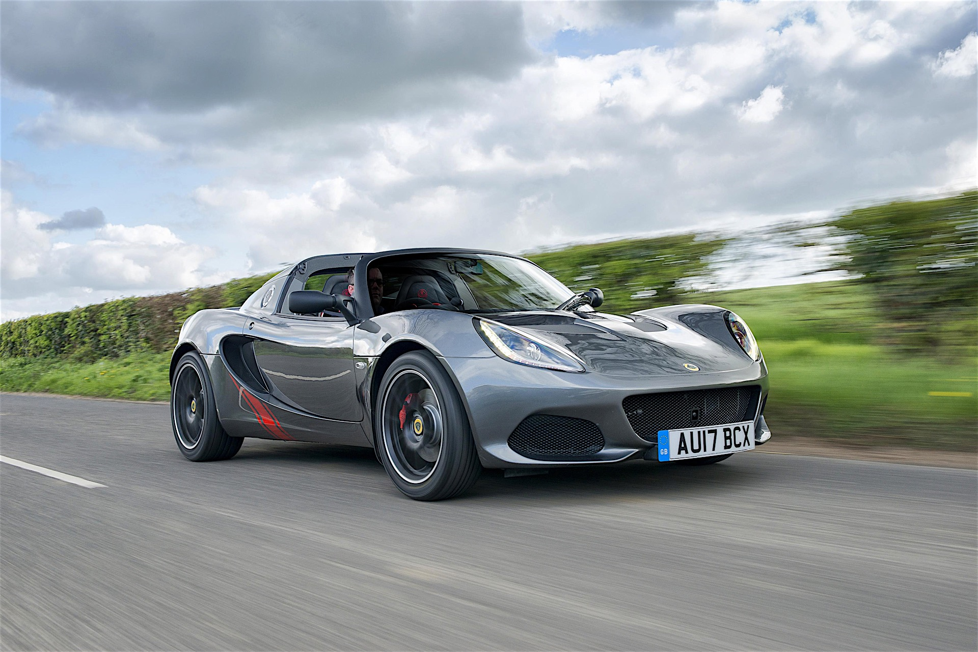 lotus elise named slowest depreciating performance car autoevolution. Black Bedroom Furniture Sets. Home Design Ideas