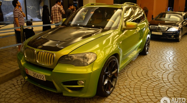 Lumma Design CLR X 530 BMW X5 Shines Green in Dubai