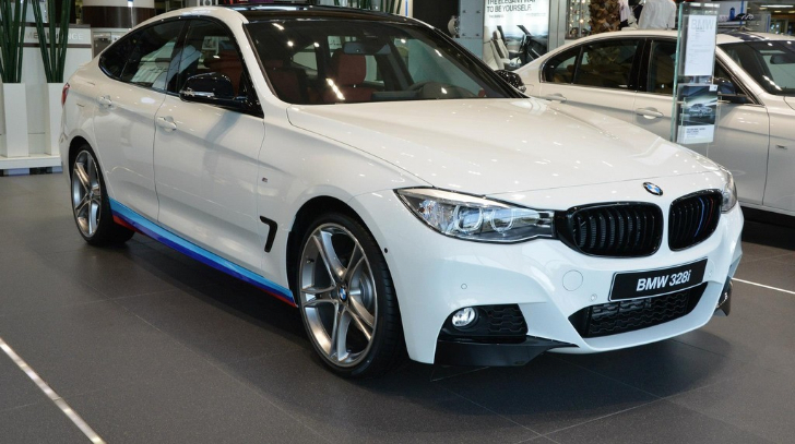 M Performance Decked Bmw 3 Series Gt Shows Up In Abu Dhabi Autoevolution