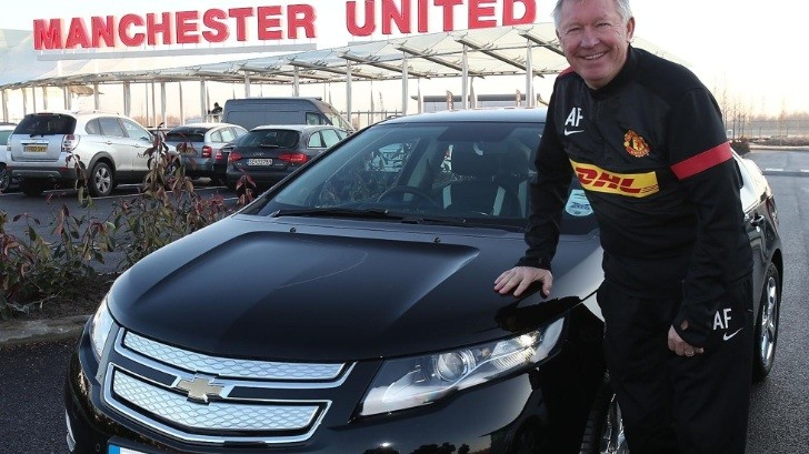 Manchester United Manager Gets a Chevrolet Volt