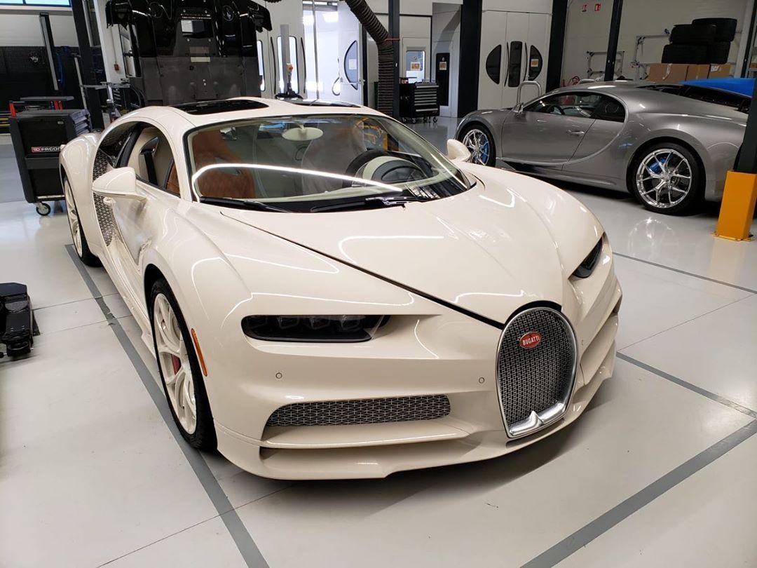 Manny Khoshbin S Bugatti Chiron Hermes Shows Amazing All Cream Spec Autoevolution