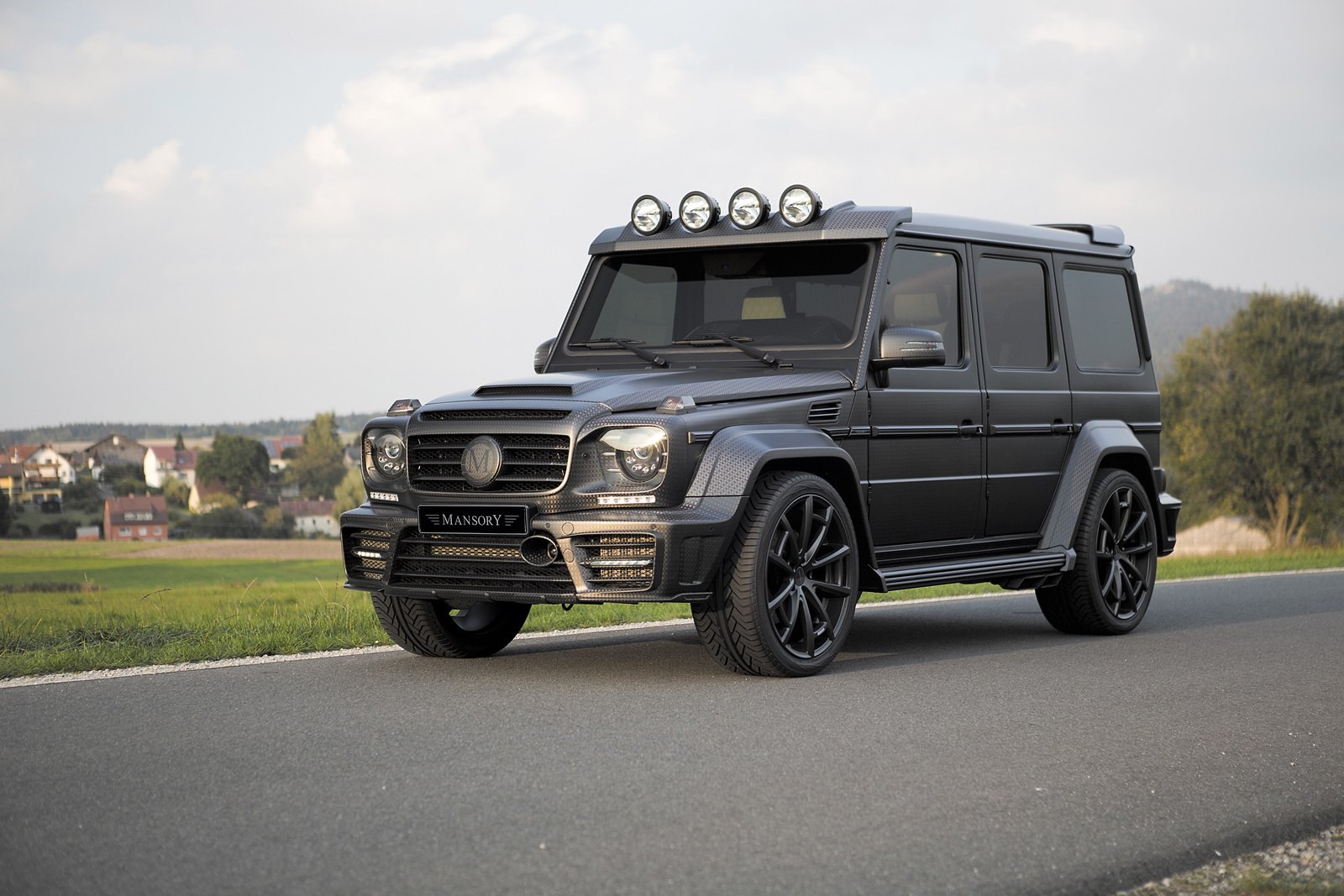 mansory g63 gronos proves too much carbon fiber is bad for your eyes autoevolution. Black Bedroom Furniture Sets. Home Design Ideas