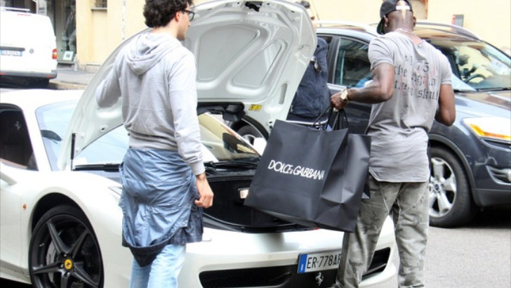 Mario Balotelli Fills Ferrari 458 with Dolce Swag