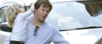 Mark Wahlberg Drives His Kids in Mercedes S-Klasse