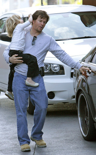 Mark wahlberg drives his kids in mercedes s klasse for The most important thing in backing a motor vehicle is