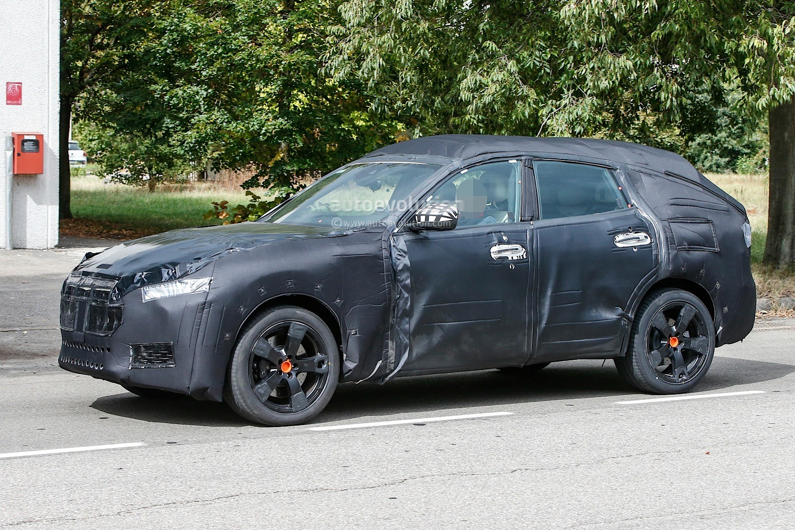 Maserati Levante Suv Spied During Final Tweaking Here S What