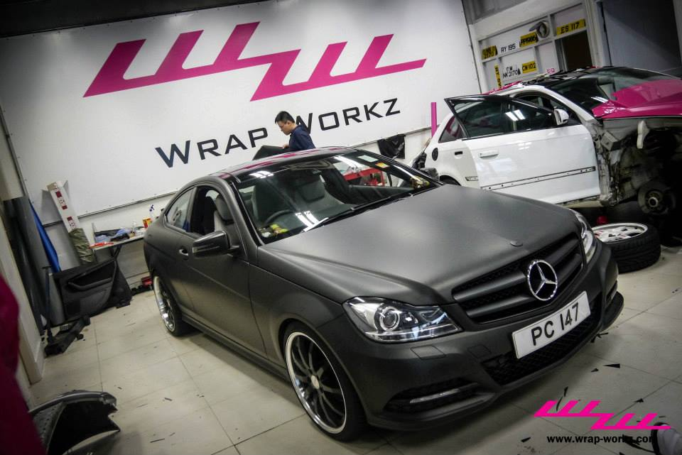 4668 Kit Carrosserie Amg C63 Pour Mercedes Classe C W204 likewise Watch further Watch as well Matte Black C Class Coupe Tries To Fool You Video 64912 furthermore 41896. on c180 amg