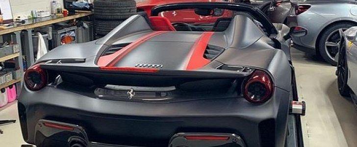 Matte Black Ferrari 488 Pista Spider With Red Driver S Seat Has Amazing Spec Autoevolution