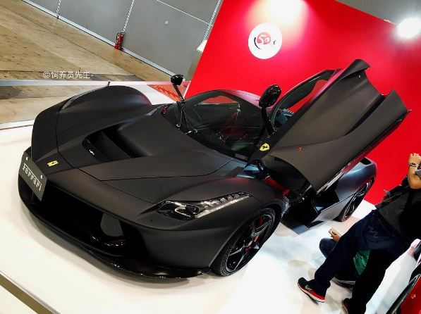 Matte Black LaFerrari Shows Its Nero DS Opaco Non,Color in