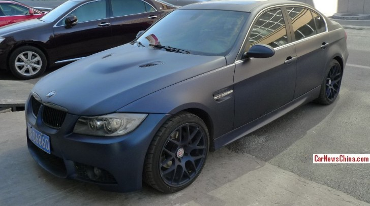 Matte Blue Bmw Looks Like A Triad Car In China Autoevolution