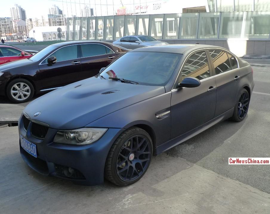 Matte Blue Bmw Looks Like A Triad Car In China Autoevolution