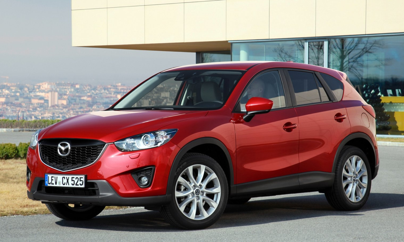 mazda cx 5 crashes during automatic braking dealer test in japan autoevolution. Black Bedroom Furniture Sets. Home Design Ideas