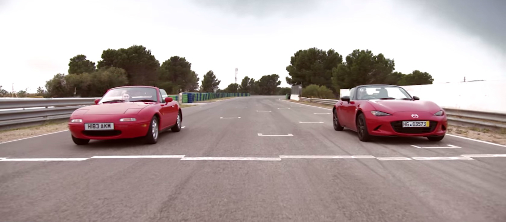 Mazda MX-5 Miata NA vs Mazda MX-5 Miata ND Showdown
