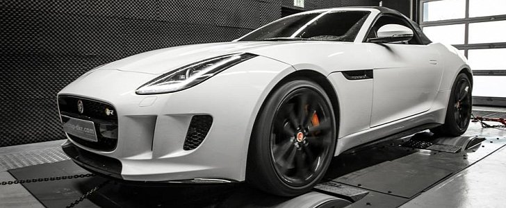 mcchip dkr jaguar f type r should have 600 hp autoevolution. Black Bedroom Furniture Sets. Home Design Ideas
