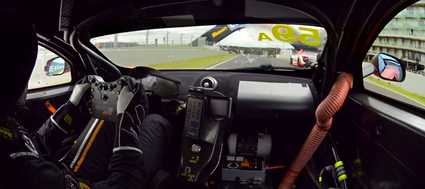 mclaren 650s gt3 setting new bathurst lap record brings stunning cockpit view