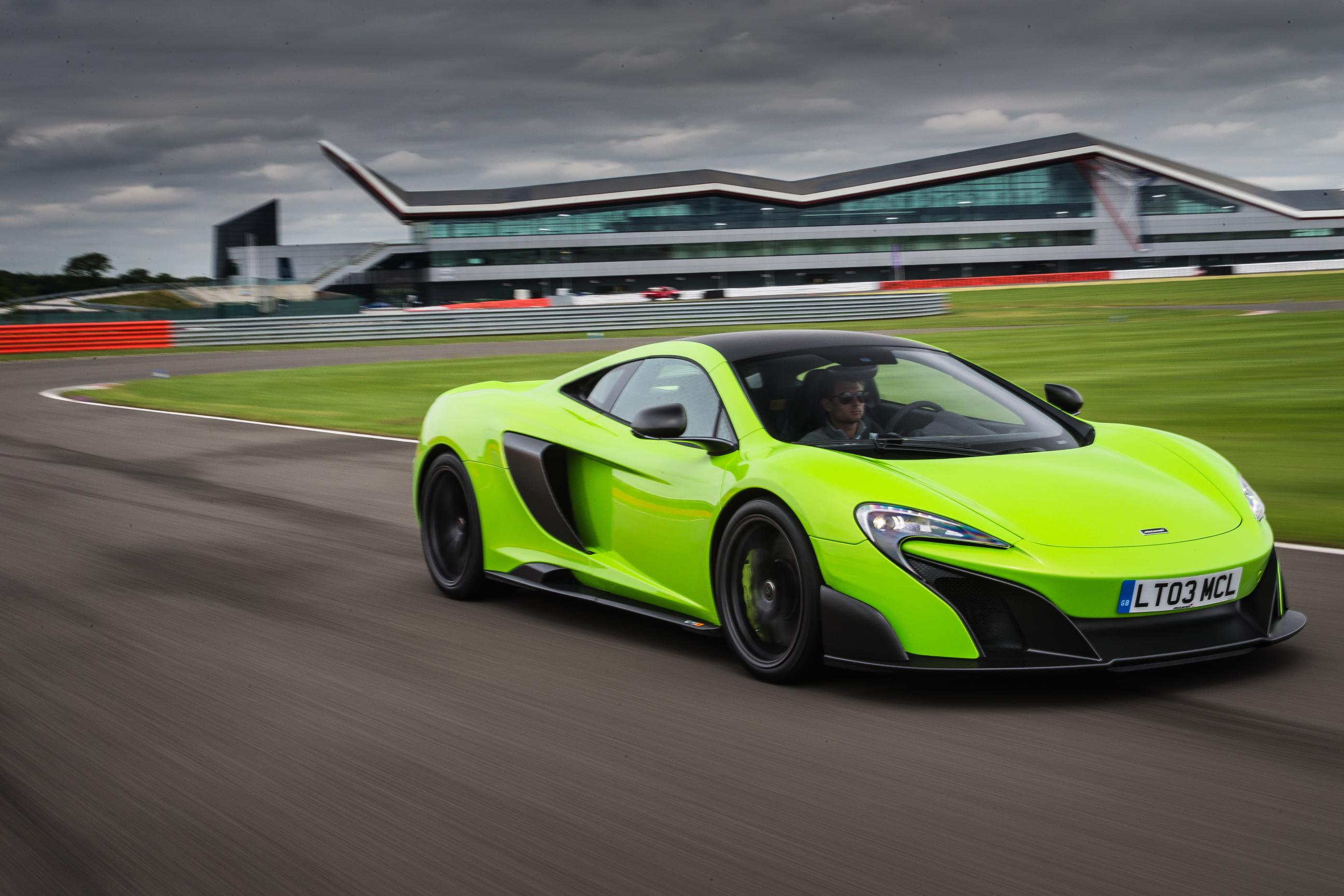 McLaren 675LT Begins Production, All 500 Units Are Already Sold Out ...