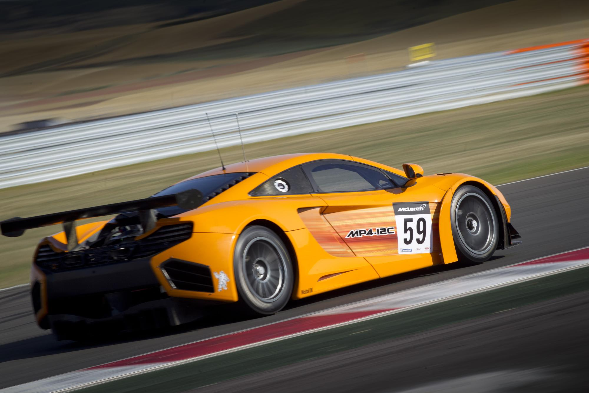 mclaren mp4 12c gt3 trio to enter total 24 hours of spa autoevolution. Black Bedroom Furniture Sets. Home Design Ideas