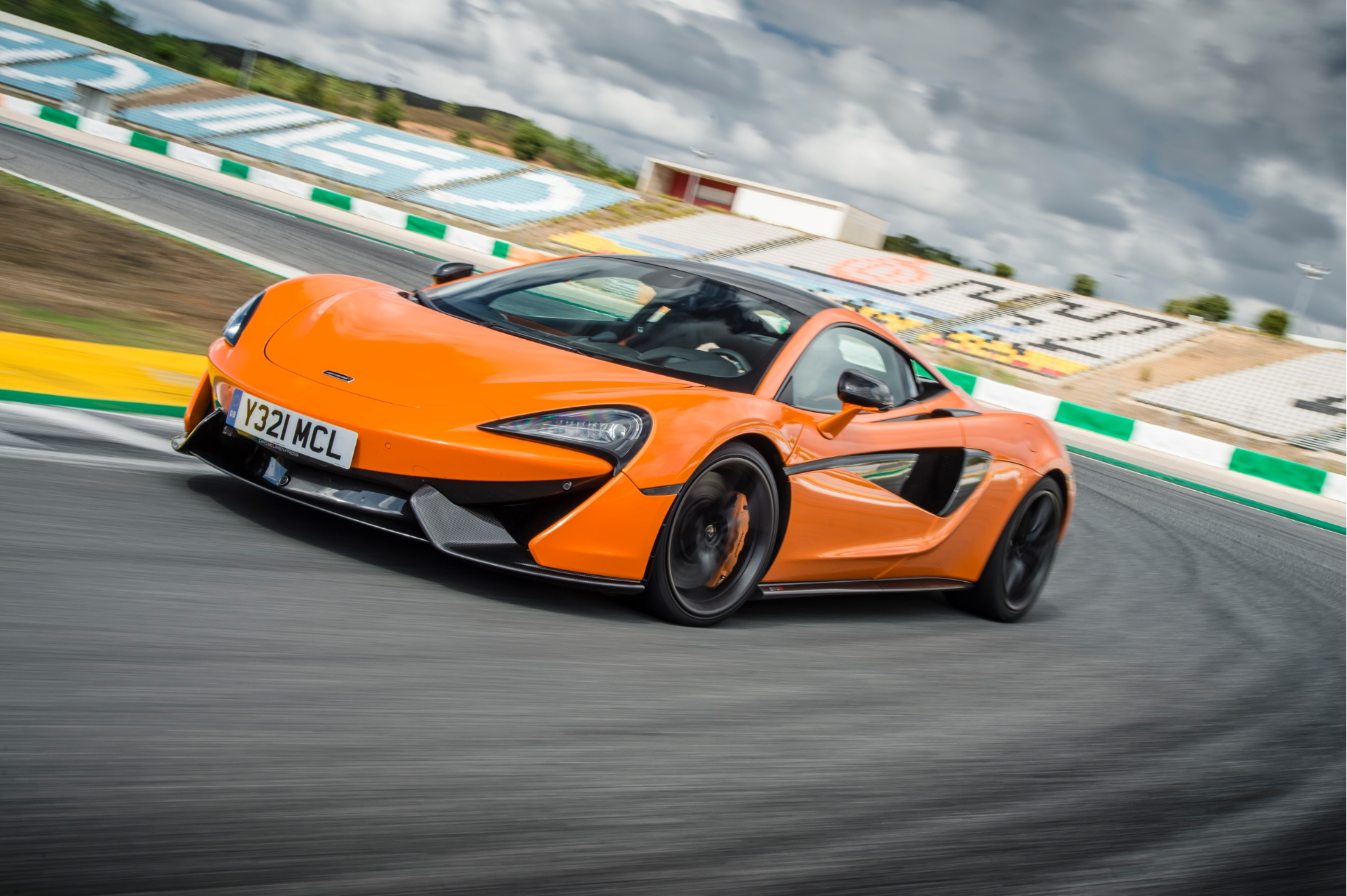 McLaren Will Boost and Cap Production at Around 3,3 Units/Year