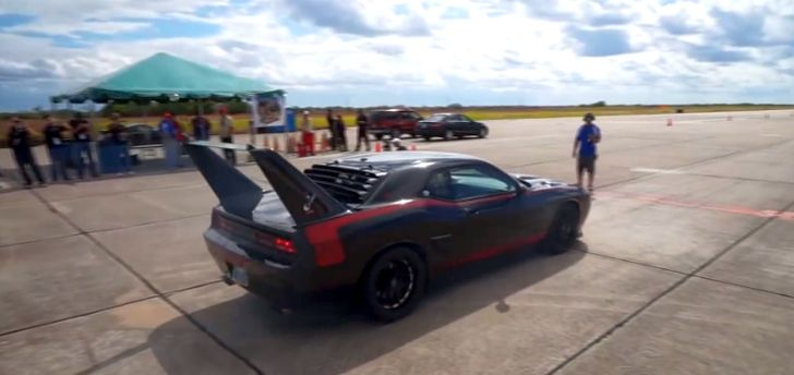 Meet Grizz The Modern Day Hemi Superbird Autoevolution