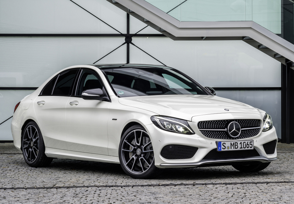 Mercedes amg c 43 4matic replaces the mercedes benz c 450 for Sporty mercedes benz