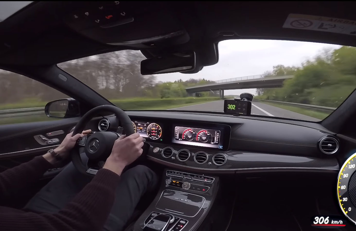 mercedes amg e63 s doing 190 mph 307 km h is what makes the autobahn great autoevolution mercedes amg e63 s doing 190 mph 307