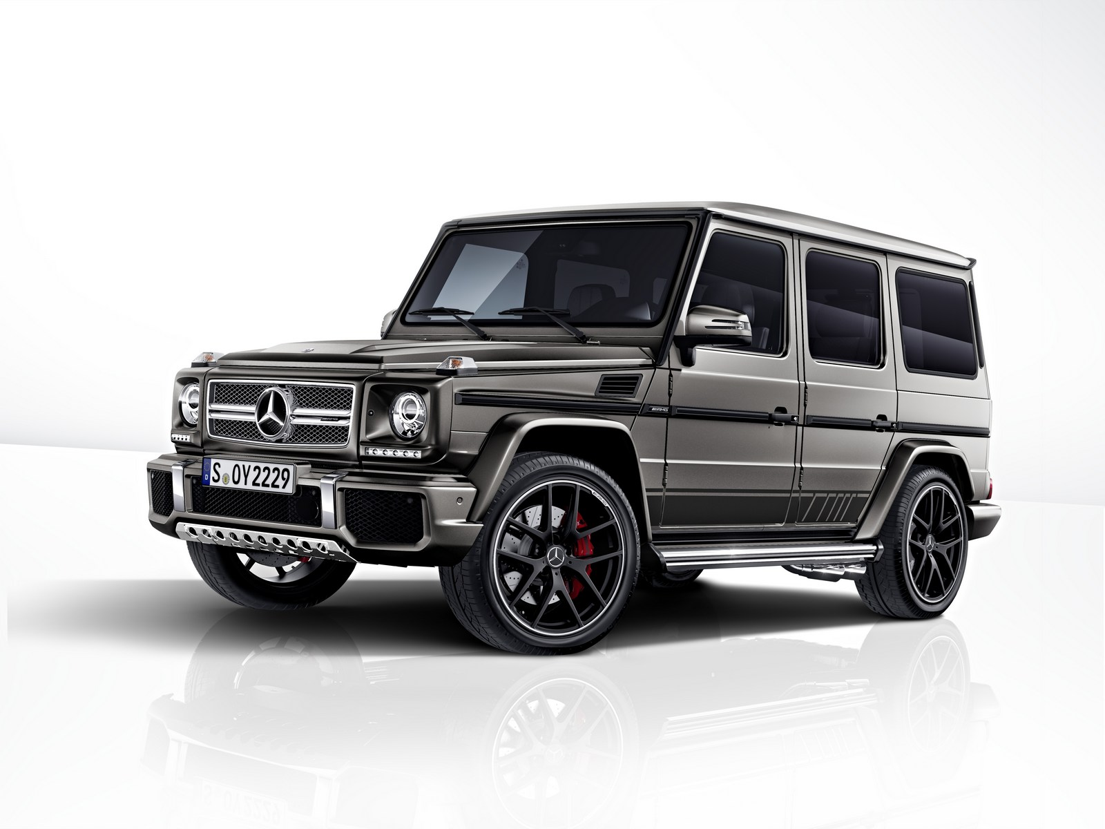 mercedes amg g class exclusive edition treated to monza. Black Bedroom Furniture Sets. Home Design Ideas