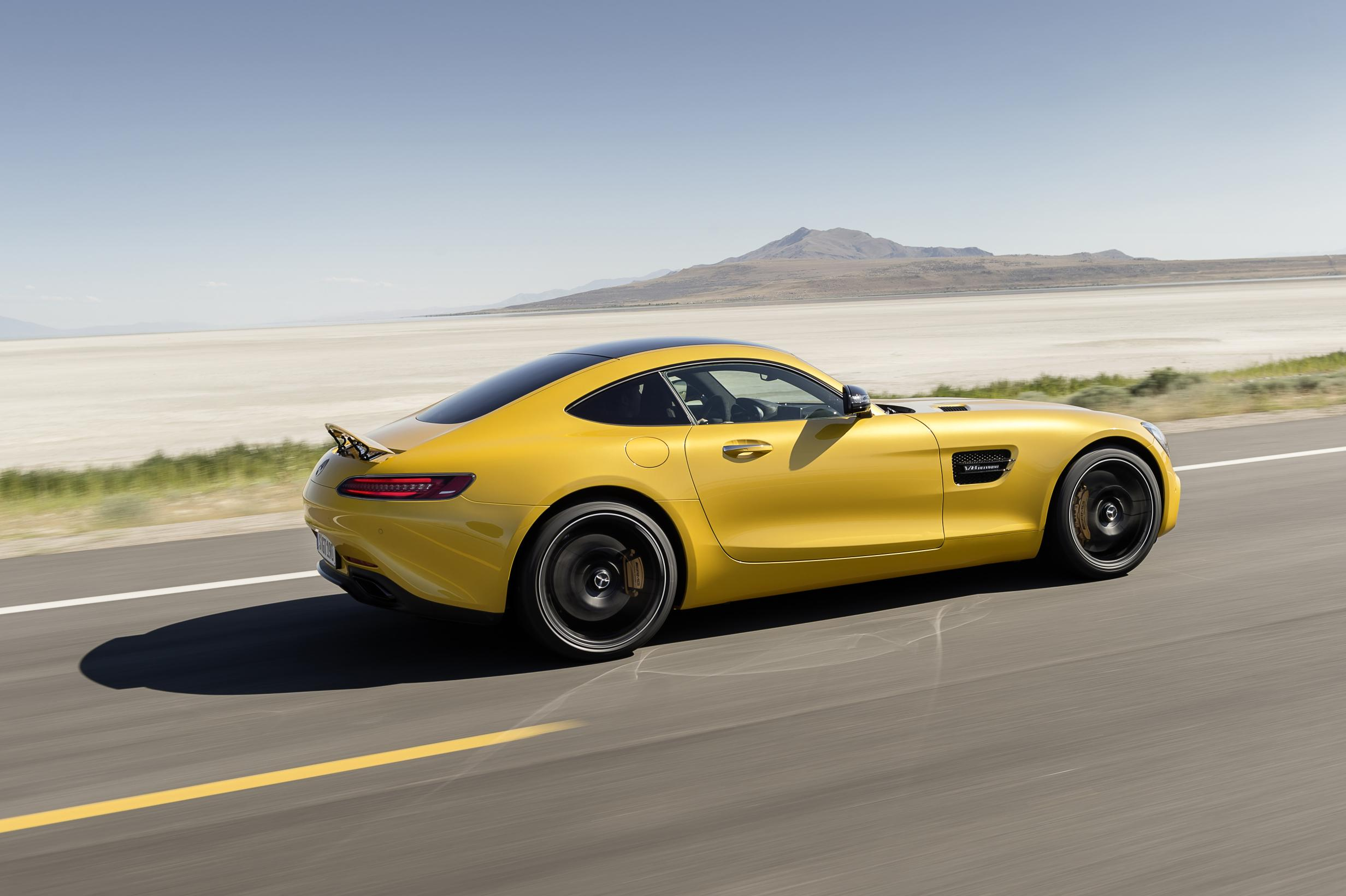 Mercedes amg gt uk pricing starts at 97 195 autoevolution for Mercedes benz gts price