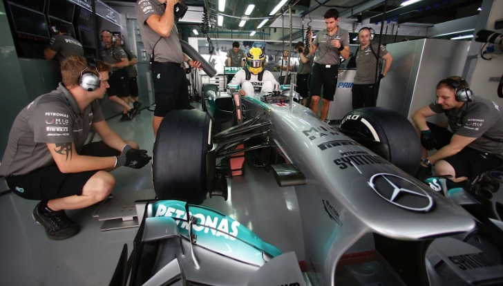 Mercedes-AMG Petronas Drivers Have Mixed Indian GP Practice [Photo Gallery]