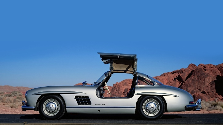 Mercedes-Benz 300 SL in Top 5 Dream Cars by AMS [Photo Gallery]