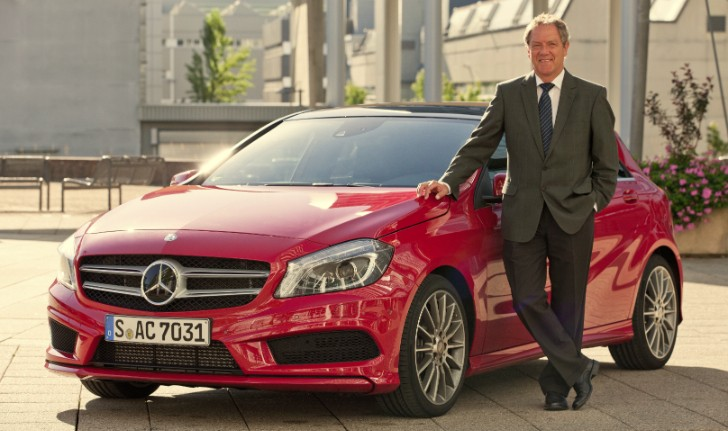 Mercedes-Benz A-Class (W176) Product Manager Receives Award
