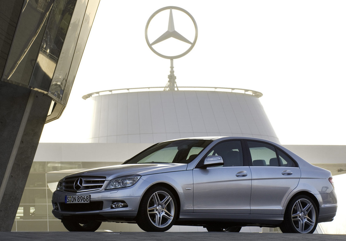Mercedes benz announces best june quarter and half year for Mercedes benz salesman