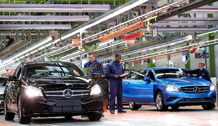 Mercedes-Benz Breaks All-Time Production Record
