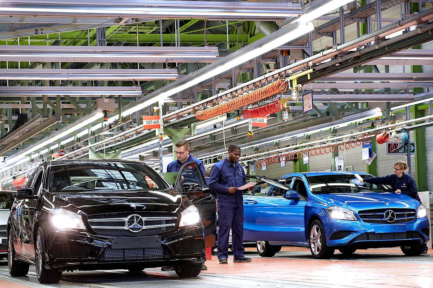 mercedes-benz breaks all-time production record - autoevolution