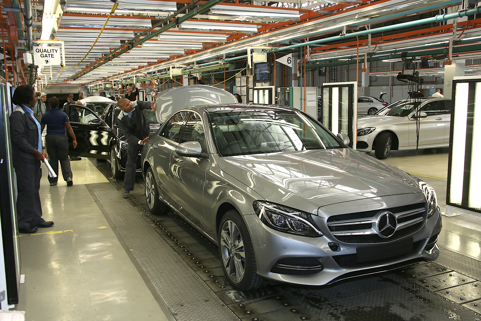 Mercedes benz c class w205 starts production in south for Mercedes benz factory in alabama