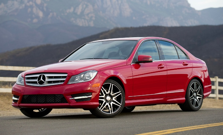 Mercedes-Benz C250 Sport Reviewed by AutoBlog [Photo Gallery]