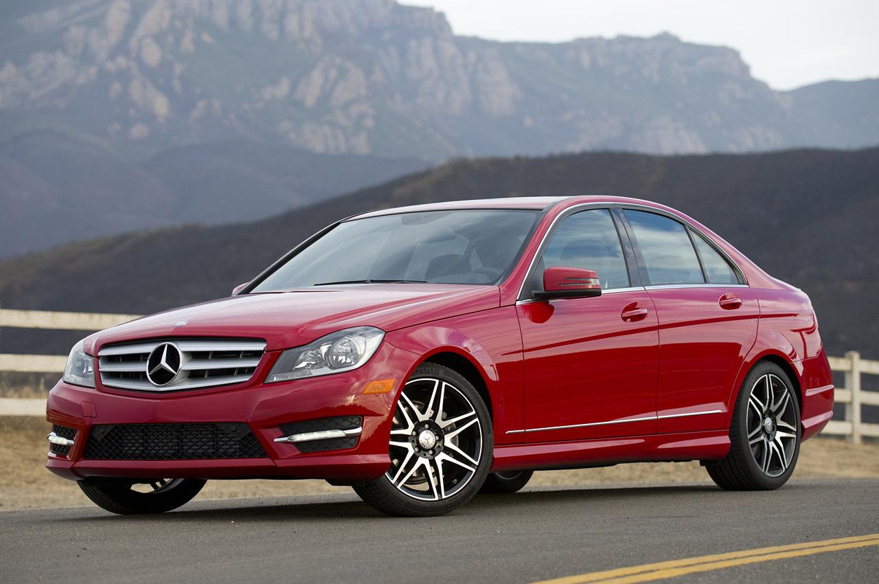 Mercedes-Benz C250 Sport Reviewed by AutoBlog - autoevolution