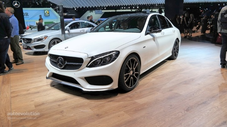 Mercedes benz c450 amg sport looks ordinary at 2015 for Mercedes benz c450 amg review