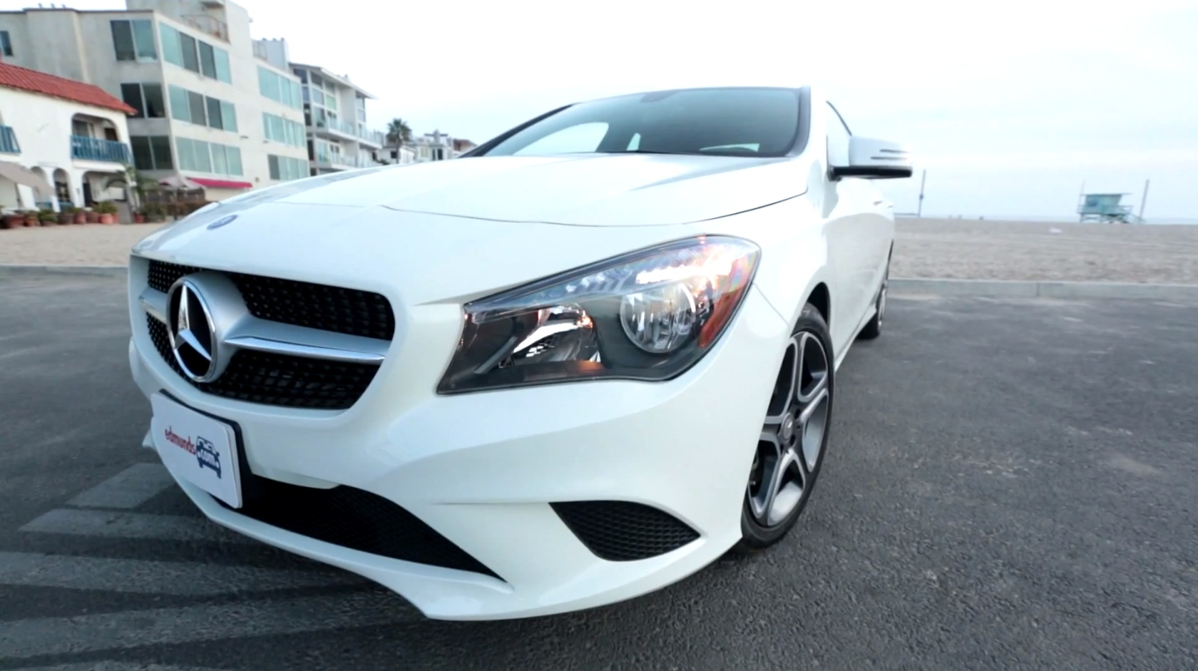 Mercedes benz cla 250 gets reviewed by edmund 39 s for Mercedes benz 250 cla