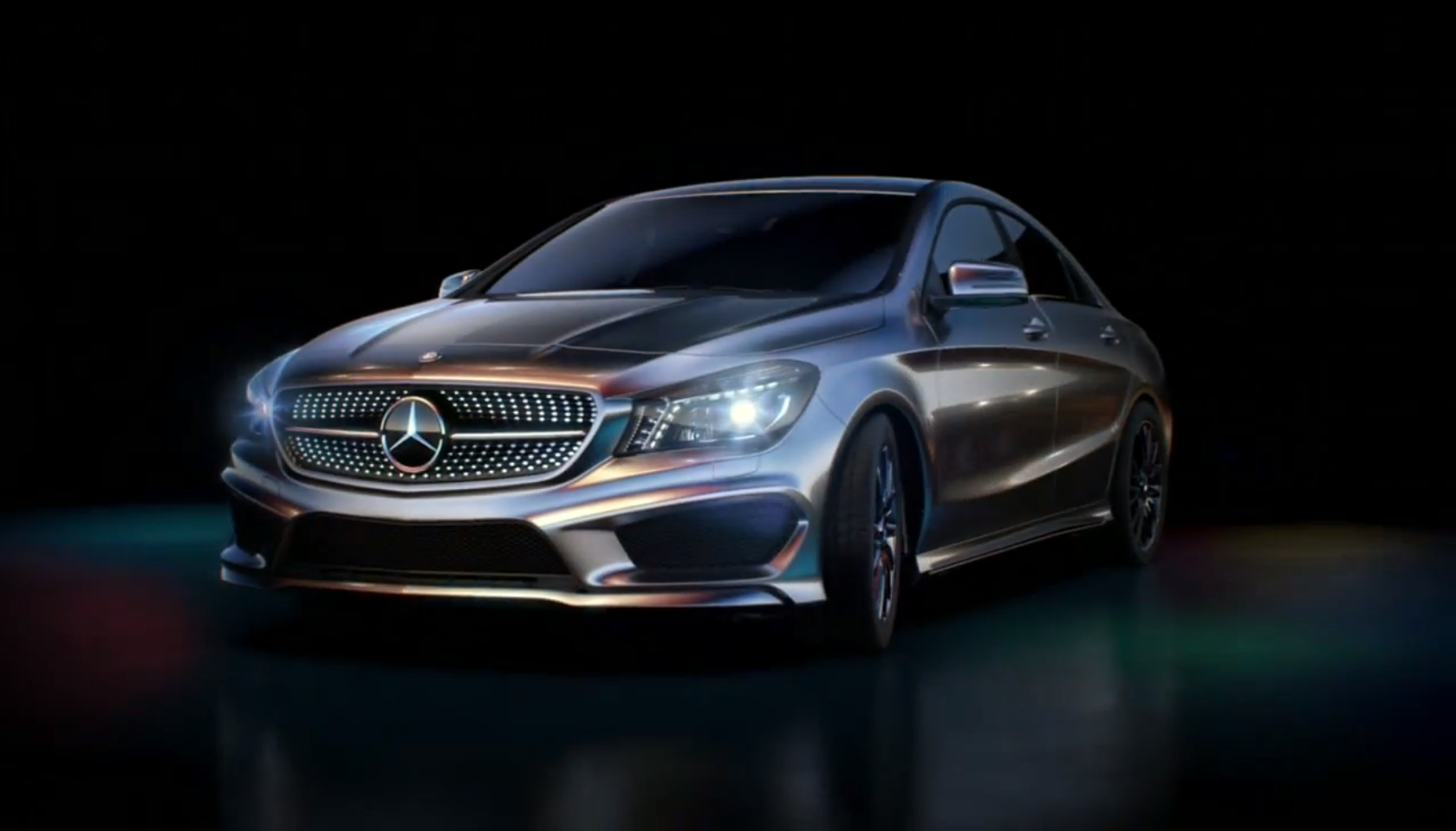 Mercedes benz cla gets alien launch commercial in japan for Mercedes benz commercial