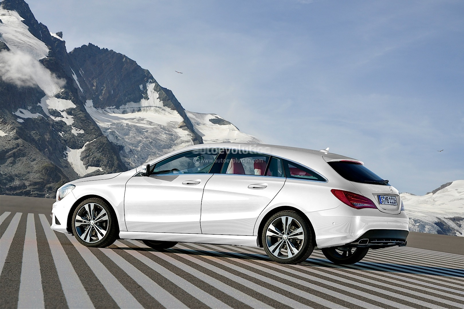 mercedes benz cla shooting brake arrives next year. Black Bedroom Furniture Sets. Home Design Ideas