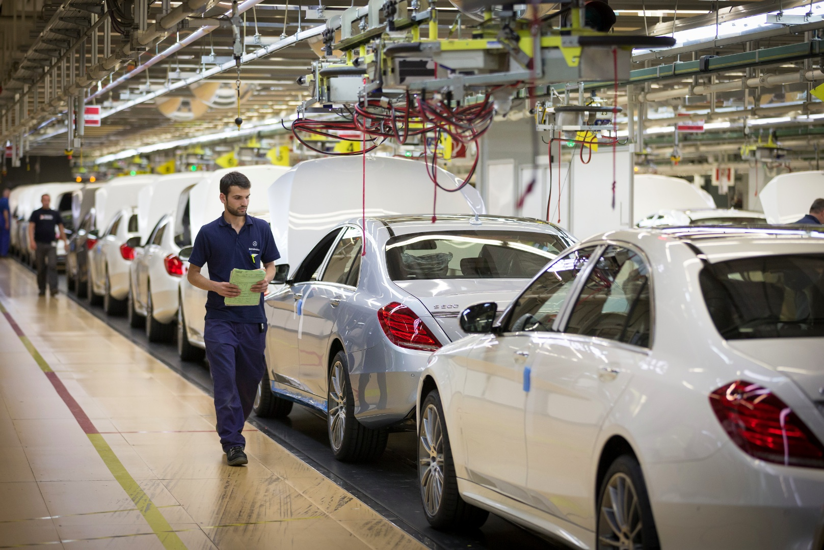Mercedes benz expects 2013 production record autoevolution for Mercedes benz usa factory