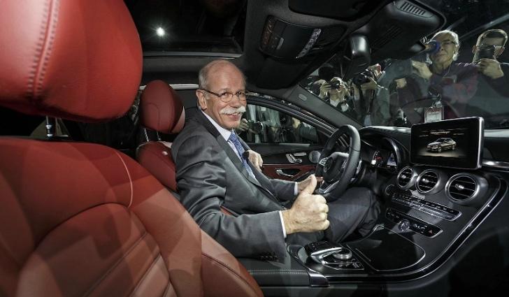 Mercedes benz fleet fuel consumption drops in 2013 for Mercedes benz fleet